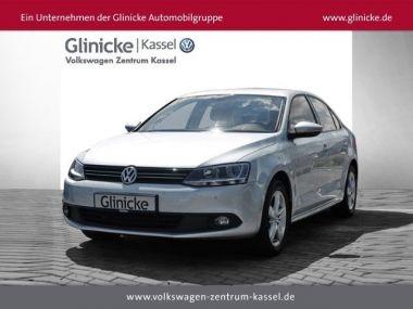 NOUVEAU +++ VW Voiture d'occasion: VW Jetta 1,6 TDI Comfortl. PDC ZV eFH BC Alu Klim für 13870 € +++ Les meilleures offres | Berline, 45686 km, 2011, Diesel, 105 CV, Argent | 134908548 | auto.de