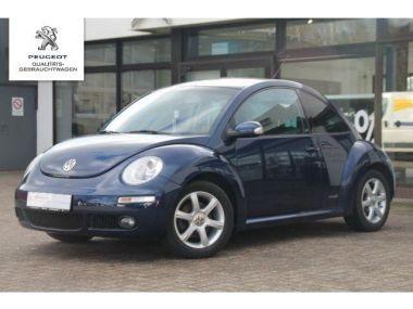 NOUVEAU +++ VW Voiture d'occasion: VW New Beetle 1.4 Freestyle für 8990 € +++ Les meilleures offres   Berline, 60000 km, 2010, Essence, 75 CV, Bleu   133221329   auto.de