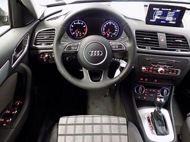 NOUVEAU +++ Audi Voiture d'occasion: Audi Q3 1,4 TFSI S-Tronic Sport Navi Tempomat für 30550 € +++ Les meilleures offres   4x4, 20 km, 2016, Diesel, 150 CV, Gris   137631938   auto.de