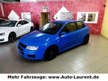 NOUVEAU +++ Fiat Voiture d'occasion: Fiat Stilo 2.4 20V Abarth- Tüv 2/18 - Scheckh.- 8x für 3490 € +++ Les meilleures offres | Berline, 148000 km, 2003, Essence, 170 CV, Bleu | 136967703 | auto.de