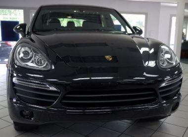 NOUVEAU +++ Porsche Voiture d'occasion: Porsche Cayenne Cayenne S Tiptronic für 33990 € +++ Les meilleures offres | 4x4, 28580 km, 2011, Essence, 400 CV, Noir | 137631895 | auto.de