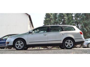 NOUVEAU +++ VW Voiture d'occasion: VW Passat 2.0 TDI Automatik SHG PDC Klimaautomatik für 8999 € +++ Les meilleures offres | Break, 132500 km, 2010, Diesel, 140 CV, Argent | 138517655 | auto.de
