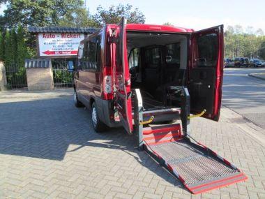 NOUVEAU +++ Citroen Véhicule pour handicapés: Citroen Jumper Kombi Hecklift Beifahrerrollstuhlplatz K für 17490 € +++ Les meilleures offres | Break, 78850 km, 2009, Diesel, 101 CV, Rouge | 137177269 | auto.de