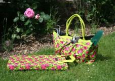 Garden kneeler and trug bag