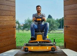 E Park 200 ride-on lawnmower. Picture; Stiga