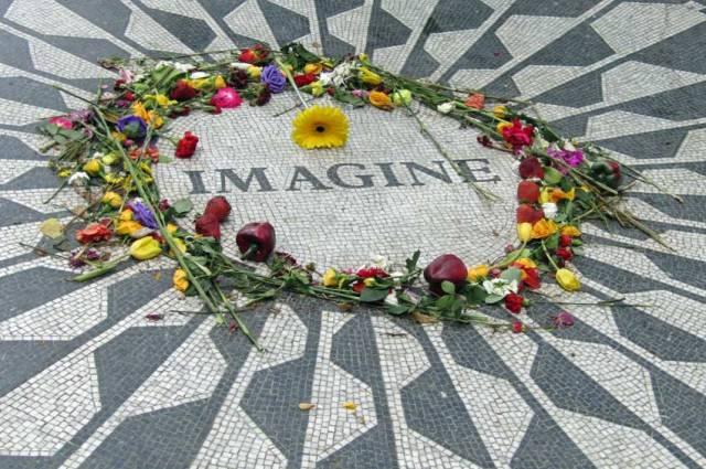 John Lennon Imagine mosaic, Strawberry Fields, Central Park, NYC