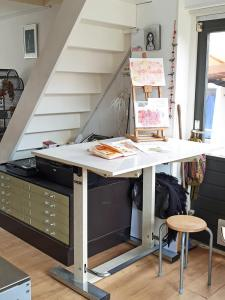 Mandy van Goeije Art studio furniture