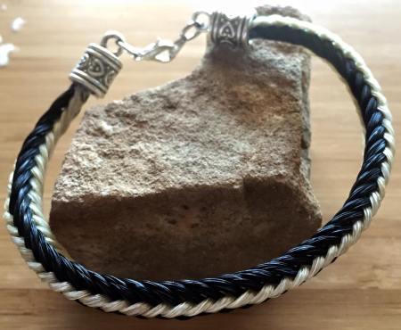 Two Tone Horsehair Bracelet