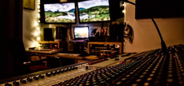 Soundcraft MH3 analogue console
