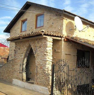 mangalianews-mihai-cubanit-zidarul-caselor-de-piatra (3)