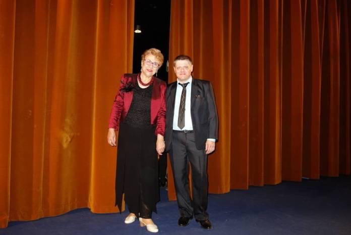 Împreună cu doamna Curelaru Doina asistenta mea de regie