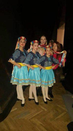 Trio caracter copii Locul 1-Felicitari Malina Alexia si Alexandra
