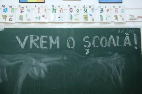 vreau_o_scoala-01