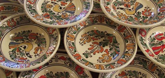 Artizanescu - Ceramica de Corund.