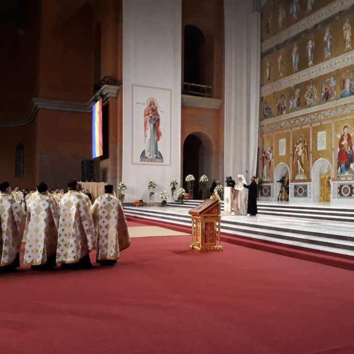 Catedrala_Nationala_Floriana_Jucan-09
