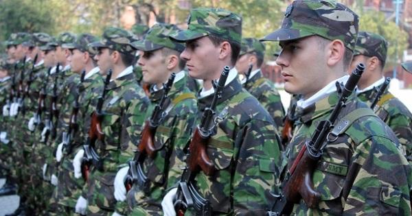 Au Inceput Inscrierile La școlile Militare Locuri Disponibile