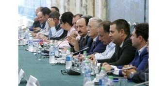 Întâlnirea membrilor Guvernului cu reprezentanții Confederației Patronatului Român3