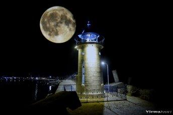 Valerian Şarînga - Mijloc de septembrie un far și o lună plină4