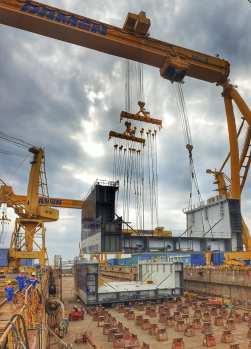 Damen Shipyards Mangalia - lansarea la apă a unui doc plutitor2