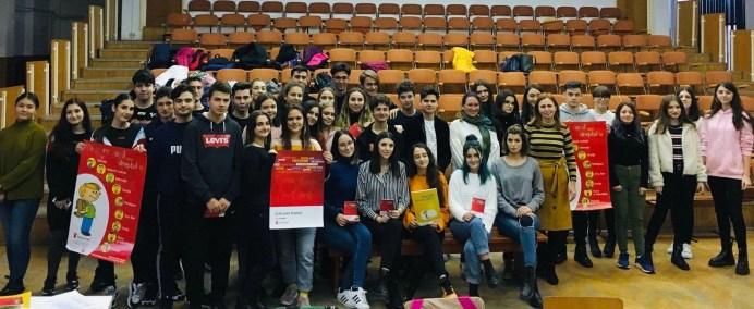 Liceul Callatis - dezbatere drepturile copilului1