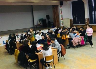 Liceul Callatis - dezbatere drepturile copilului3