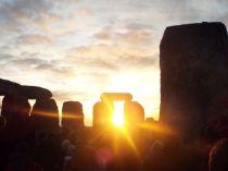 Happy Solstice Solstiţiul de iarnă sărbătorit la Stonehenge (2)