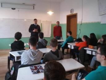 Activități preventive ale jandarmilor constănțeni, în unitățile de învățământ din Constanța2 (Small)