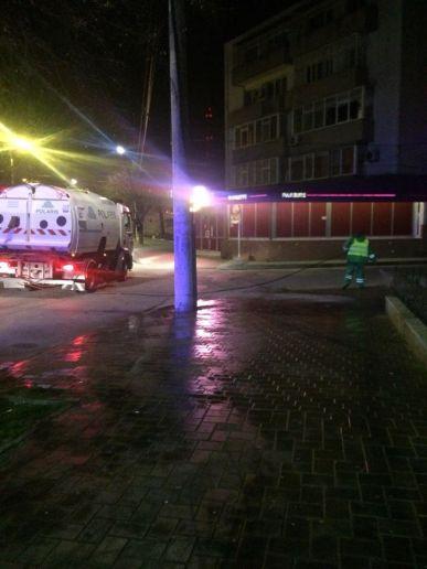 Polaris-Mangalia-dezinfectie-trotuare1