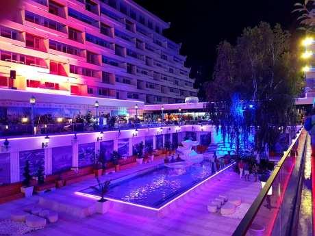 Hotelul Panoramic Olimp pe înserat-foto-Elena Stroe-20
