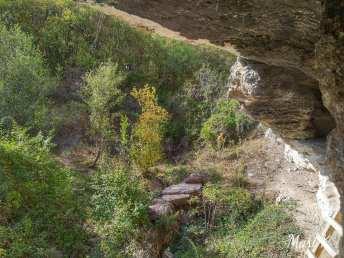 Bisericuțele rupestre de la Dumbrăveni Foto Maria Cazacu-07
