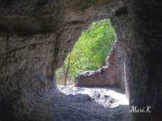 Bisericuțele rupestre de la Dumbrăveni Foto Maria Cazacu-12