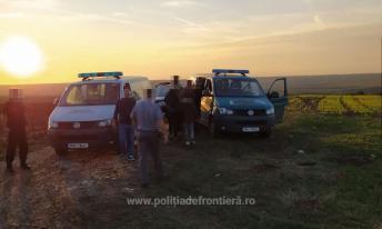 Ostrov 20 de cetățeni din Irak, care au încercat să intre ilegal în România2