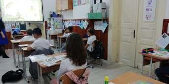 banci scoala gala galaction manglia donatie chinezi3