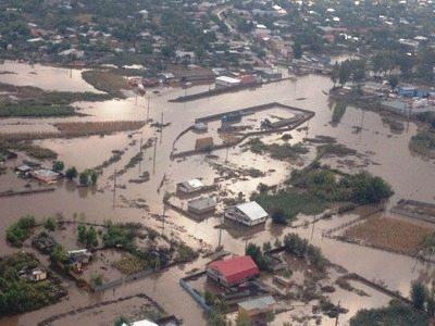 inundatii-sinistrati-ajutoare