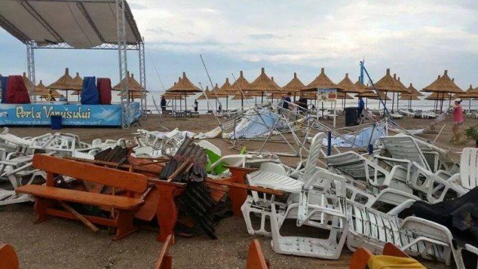 ravagii-furtuna-mangalia-11-07-2014-foto-Andreea-Dima-06 (Small)