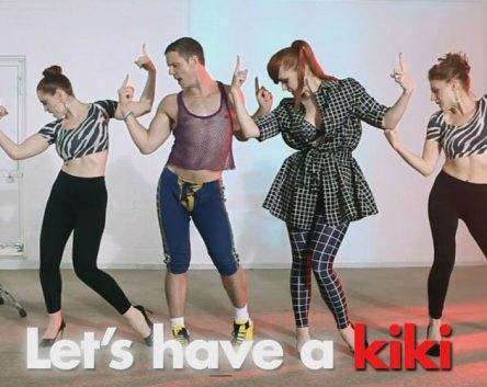 Scissor Sisters y el vídeo instructivo para bailar 'Let's Have A Kiki'
