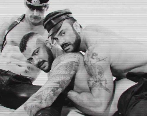 El actor porno gay Colton Ford estrena videoclip para 'Let Me Live Again'