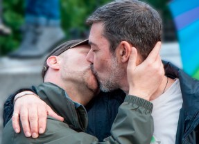 Homo-Relatos: Fui hetero hasta que mi mejor amigo me confesó era gay