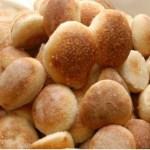 Pãozinho de tapioca feito sem farinha segura a fome por mais tempo: faça em 4 passos