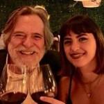 Ator José de Abreu se declara à namorada 51 anos mais nova