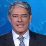 """Jornalista William Bonner troca nome """"lua"""" por """"Lula"""" e vira piada na internet"""