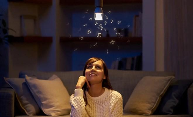 ソニーLED電球スピーカー5月23日発売開始!照明から音楽が降り注ぐ