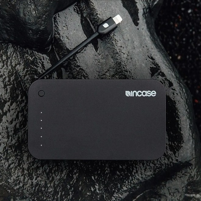 Incase Portable Integrated Power 5400