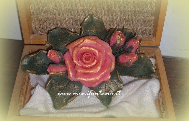 rose in pasta di mais festa della mamma  manifantasia