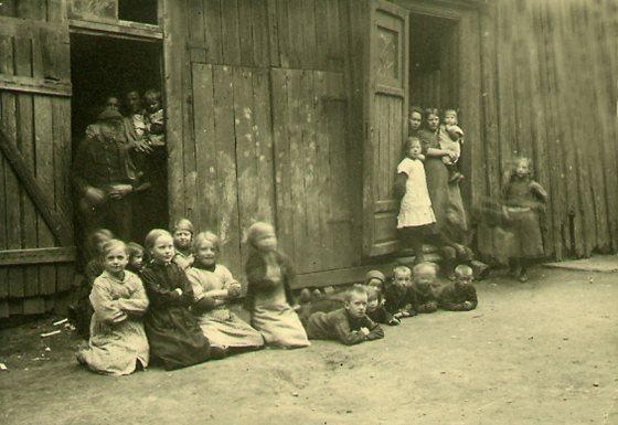Kommunale nødsboliger i Stavangergaten i Oslo, 1911. Foto: Arbeiderbevegelsens arkiv