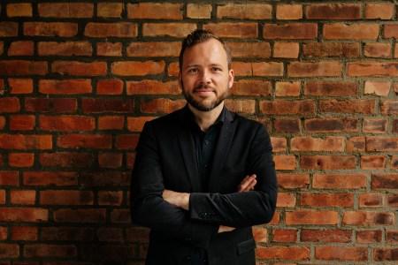 SV-leder Audun Lysbakken inviterer de rødgrønne partiene og MDG til å etablere en «felles politisk plattform» fram mot valget i 2021.