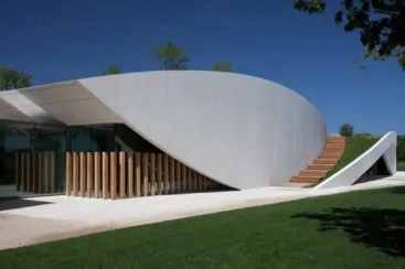 chateau-cheval-blanc-winery-3