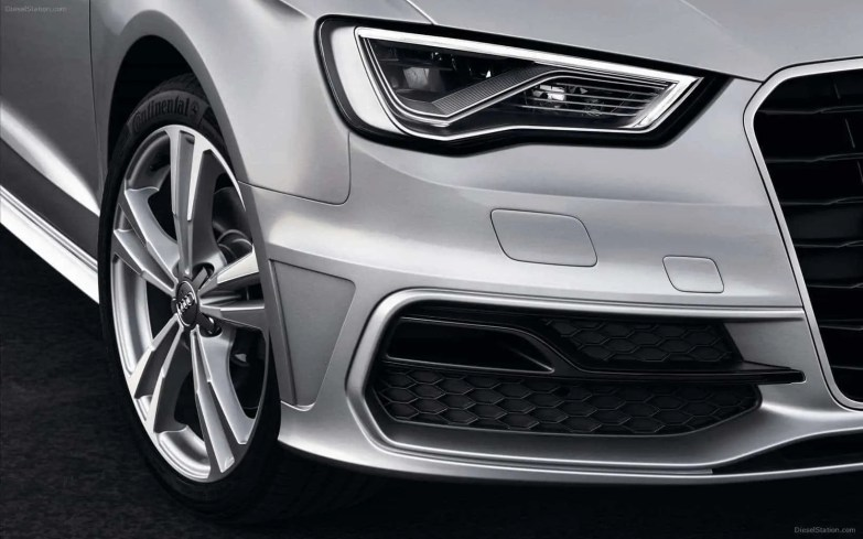 Audi-A3-Sportback-S-line-2013-Fotos-widescreen-25