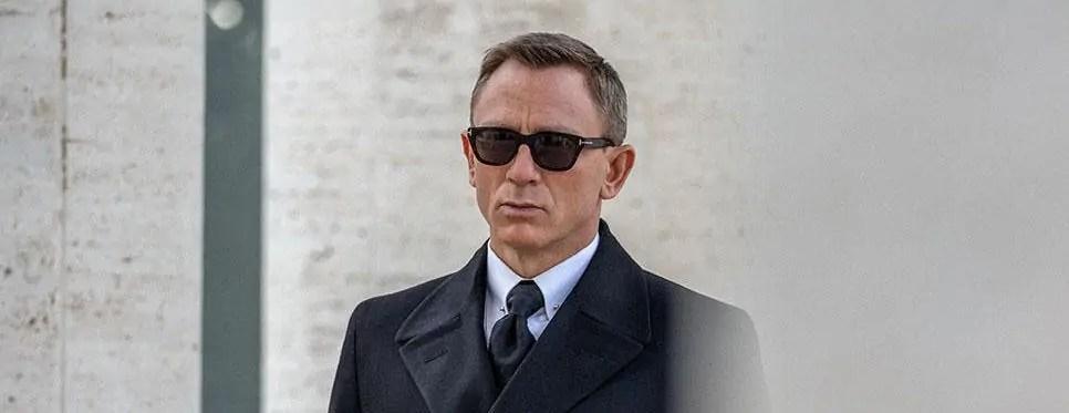 James Bond Collar Bar