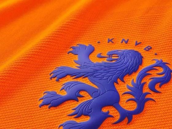 nike-netherlands-2016-kit-4